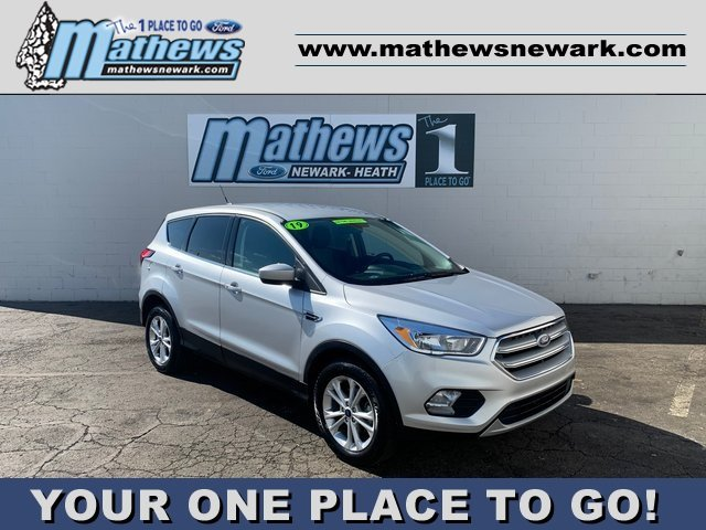 2019 Ingot Silver Metallic Ford Escape SE 1.5 L 4-Cylinder Engine 4 Door FWD SUV