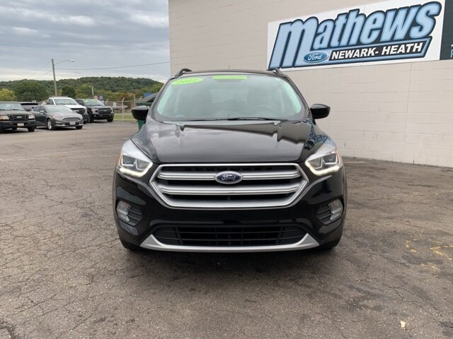 2017 SHADOW_BLACK Ford Escape SE 4 Door Automatic FWD SUV 1.5 L 4-Cylinder Engine