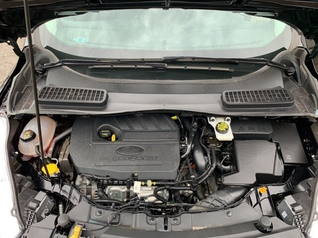2017 Ford Escape SE SUV FWD Automatic 1.5 L 4-Cylinder Engine 4 Door