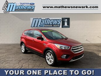 2017 RUBY_RED_METALLIC Ford Escape SE SUV Automatic 1.5 L 4-Cylinder Engine