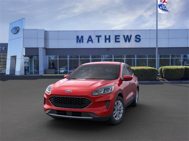2020 Rapid Red Metallic Tinted Clearcoat Ford Escape SE 4 Door 4X4 SUV