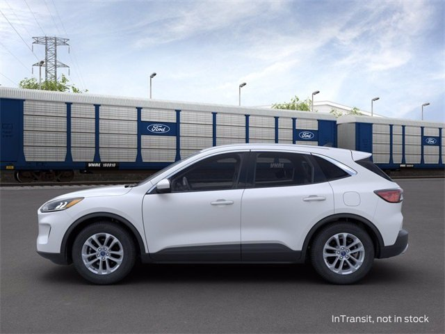 2020 Star White Metallic Tri-Coat Ford Escape SE 1.5 L 3-Cylinder Engine Automatic SUV 4X4