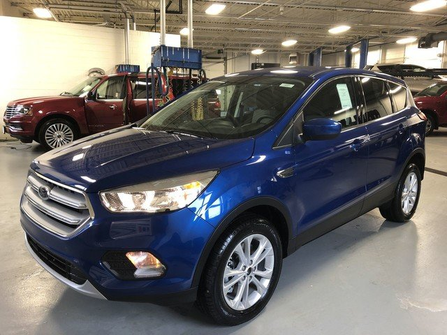 2019 Lightning Blue Metallic Ford Escape SE 4X4 1.5L Ecoboost Engine Automatic 4 Door SUV