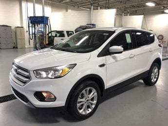 2019 WHITE Ford Escape SE 4X4 SUV Automatic