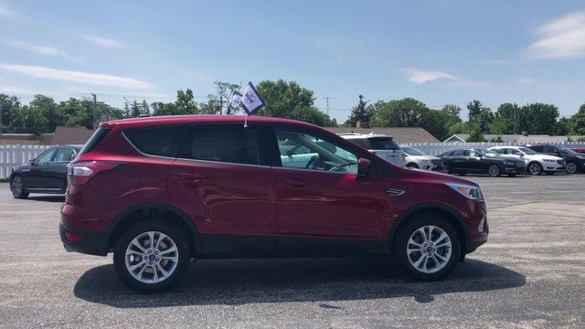 2017 Ford Escape SE 4 Door 4X4 Automatic