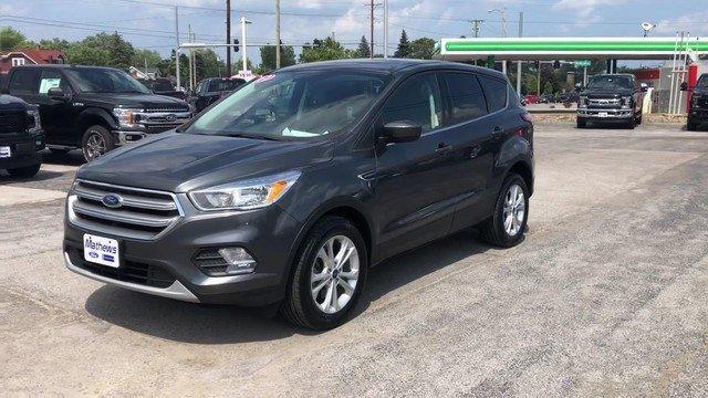 2017 Magnetic Metallic Ford Escape SE 1.5L Ecoboost Engine 4X4 4 Door Automatic SUV