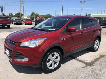 2016 Ruby Red Metallic Tinted Clearcoat Ford Escape SE Automatic SUV 1.6L 4-Cyl Engine 4X4 4 Door