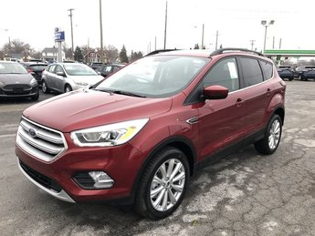 2019 Ruby Red Metallic Tinted Clearcoat Ford Escape SEL SUV Automatic 4X4 4 Door