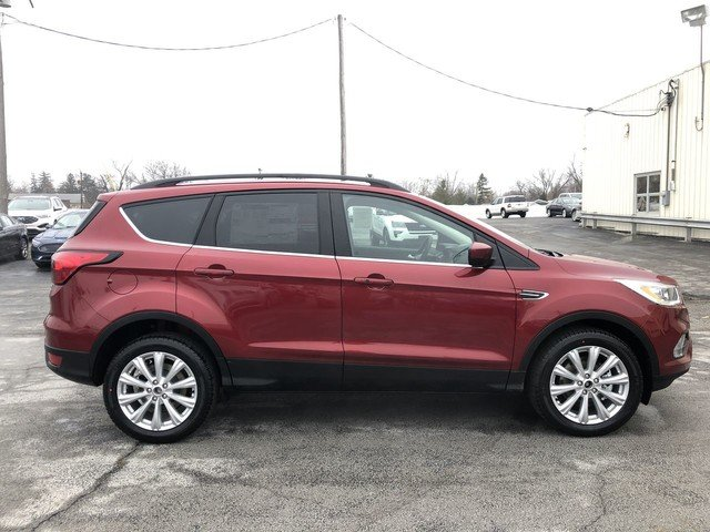 2019 Ruby Red Metallic Tinted Clearcoat Ford Escape SEL Automatic 4 Door SUV