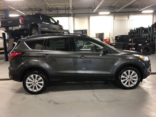 2019 METALLIC Ford Escape SEL Automatic 4 Door 4X4
