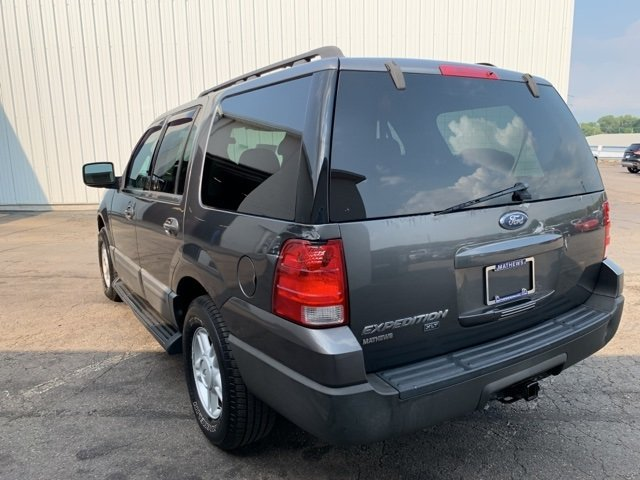 2005 Gray Ford Expedition 5.4L 4WD 4X4 Automatic 5.4L 8-Cylinder Engine SUV 4 Door