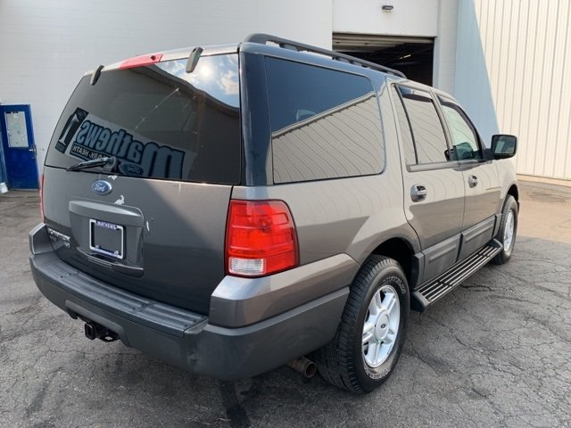 2005 Ford Expedition 5.4L 4WD Automatic 4 Door 5.4L 8-Cylinder Engine