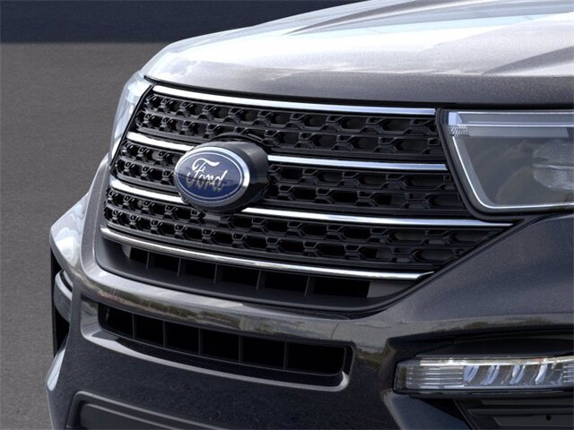 2020 AGATE_BLACK Ford Explorer XLT SUV AWD 2.3 L 4-Cylinder Engine Automatic