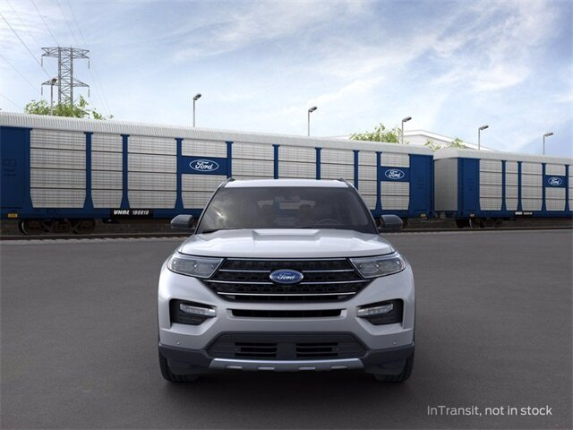 2020 Iconic Silver Metallic Ford Explorer XLT Automatic SUV AWD