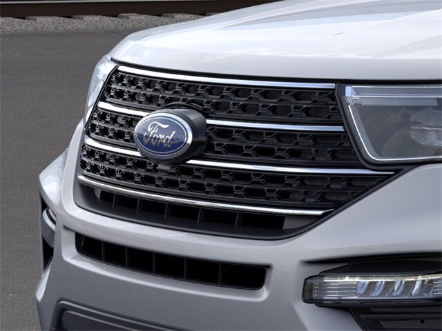 2020 Ford Explorer XLT 4 Door Automatic 2.3 L 4-Cylinder Engine