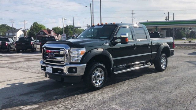 2015 Green Gem Metallic Ford Super Duty F-250 SRW Lariat 4X4 6.2L 8-Cyl Engine Truck Automatic 4 Door