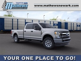 2020 Iconic Silver Metallic Ford Super Duty F-250 SRW 4WD Crew Cab Box 7.3 L 8-Cylinder Engine 4 Door 4X4