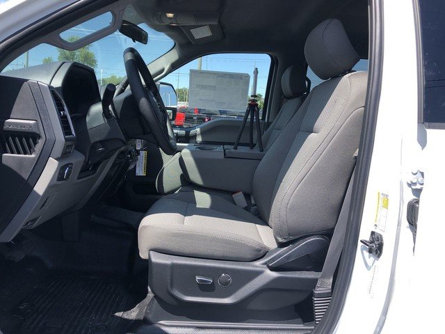 2019 Ford Super Duty F-250 SRW XLT Truck 4X4 6.7L 4v OHV Power Stroke V8 Turbo Diesel B20 Engine 4 Door