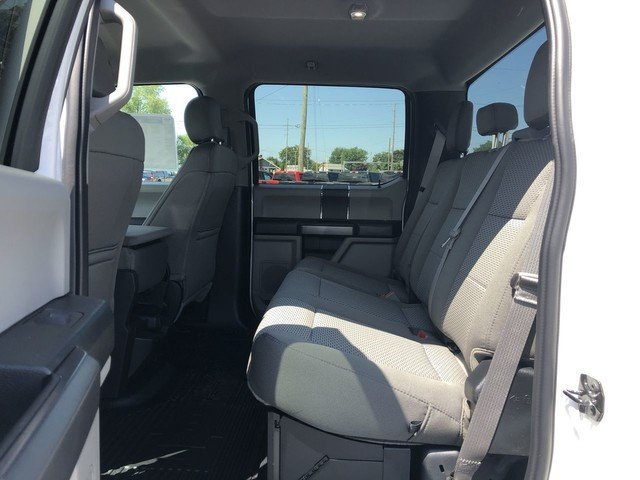 2019 Oxford White Ford Super Duty F-250 SRW XLT 4 Door 6.7L 4v OHV Power Stroke V8 Turbo Diesel B20 Engine 4X4 Truck