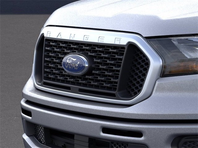 2020 Iconic Silver Metallic Ford Ranger 4WD SuperCrew 5' Box 4X4 Automatic 2.3 L 4-Cylinder Engine 4 Door Truck