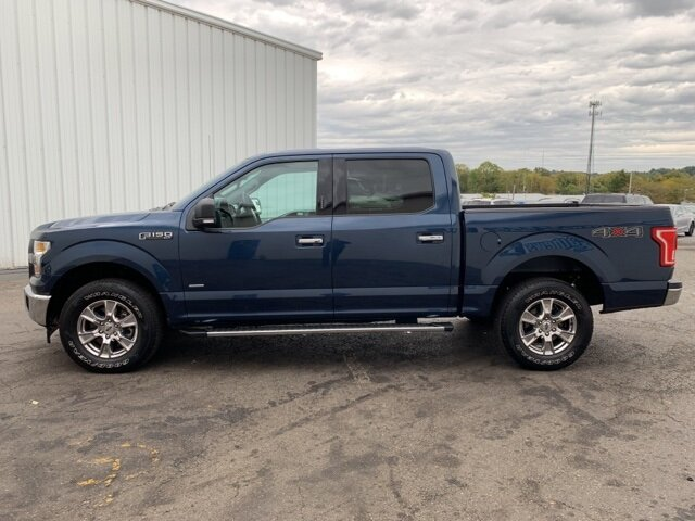 2017 MIDNIGHT_SAPPHIRE Ford F-150 4WD SuperCrew 5.5' Box Truck Automatic 2.7 L 6-Cylinder Engine 4 Door 4X4