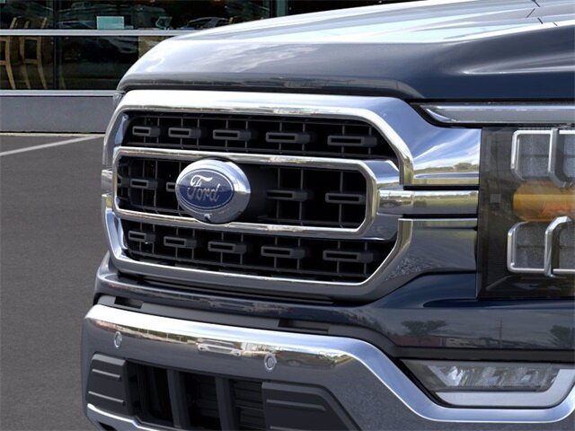 2021 Blue Ford F-150 XLT Automatic 2.7L V6 EcoBoost Engine 4 Door Truck