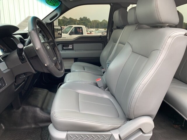 "2014 Oxford White Ford F-150 2WD SuperCab 145"" 3.7 L 6-Cylinder Engine RWD Automatic 4 Door"
