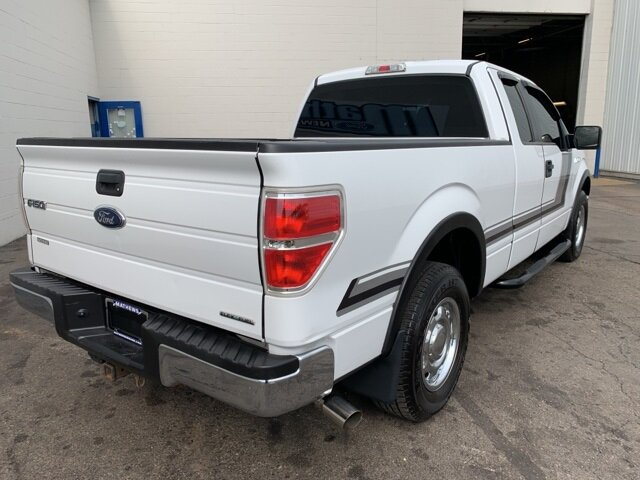 "2014 Ford F-150 2WD SuperCab 145"" Automatic Truck 4 Door 3.7 L 6-Cylinder Engine RWD"