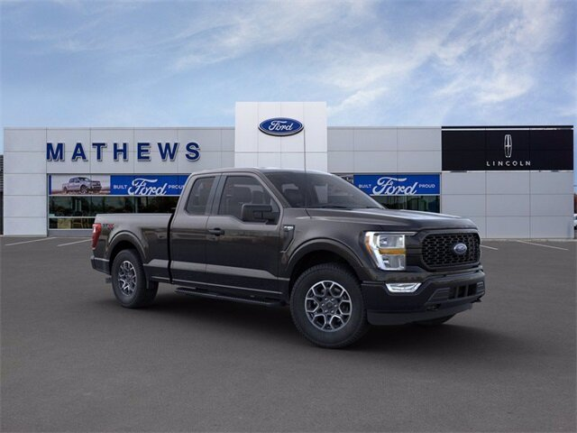 2021 Agate Black Metallic Ford F-150 XL 2.7L V6 EcoBoost Engine 4X4 Automatic Truck
