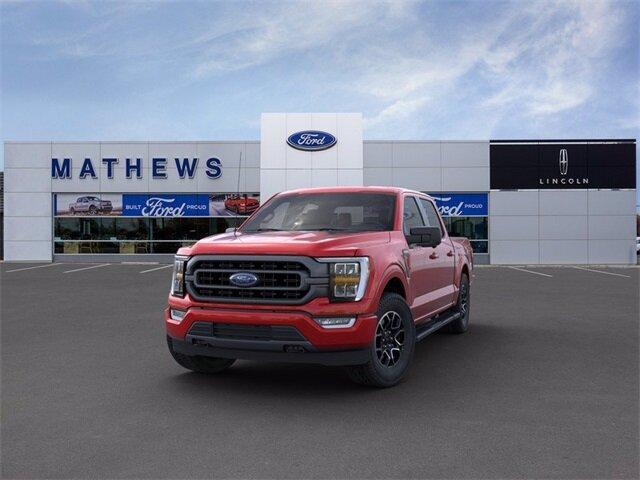 2021 Red Ford F-150 XLT 4 Door Truck 4X4 5.0L V8 Engine