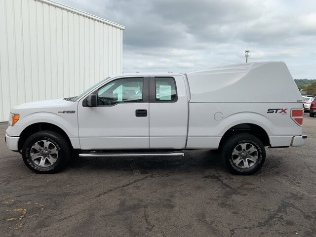 "2014 Ford F-150 4WD SuperCab 145"" STX Automatic Truck 4 Door 5.0L 8-Cylinder Engine"
