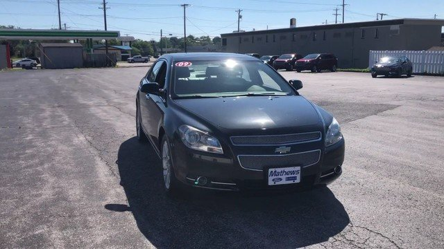 2009 Imperial Blue Metallic Chevrolet Malibu LTZ 4 Door Automatic 3.6L DOHC V6 VVT SFI Engine FWD Sedan