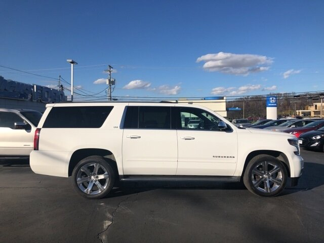2016 Summit White Chevrolet Suburban 1500 LTZ V8 Engine 4 Door 4X4 SUV Automatic