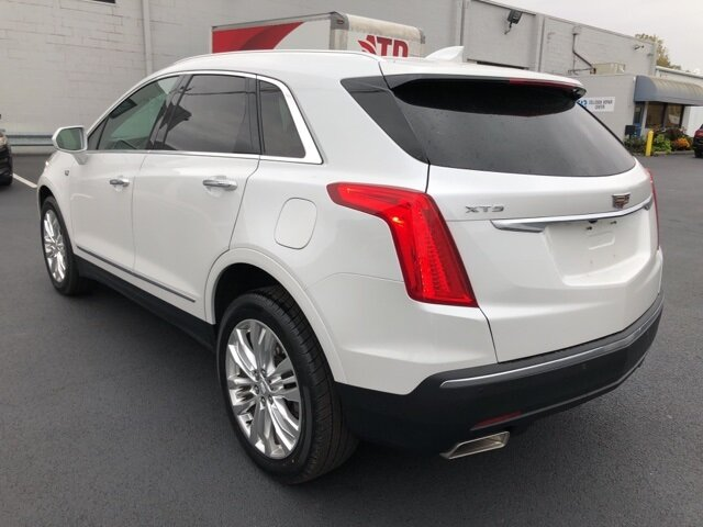 2017 Crystal White Tricoat Cadillac XT5 Premium Luxury AWD 4 Door AWD 3.6L V6 DI VVT Engine