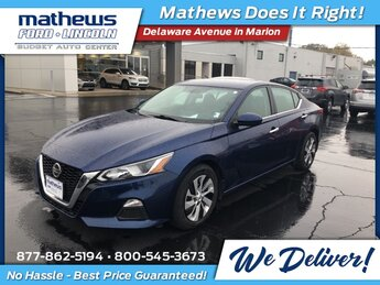 2019 Deep Blue Pearl Nissan Altima 2.5 S Automatic (CVT) 4 Door FWD 2.5L 4-Cylinder DOHC 16V Engine Car