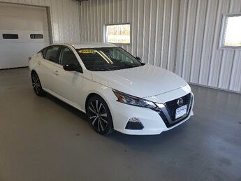 2020 Glacier White Nissan Altima 2.5 SR 4 Door 2.5L 4-Cyl Engine Sedan Automatic FWD