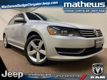 2014 Volkswagen Passat SE 1.8L 4-Cylinder DOHC Engine 4 Door Car