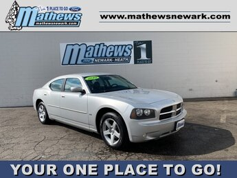 2010 Bright Silver Metallic Dodge Charger SXT Sedan RWD Automatic