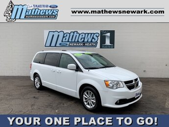 2019 White Knuckle Clearcoat Dodge Grand Caravan SXT Van Automatic 3.6 L 6-Cylinder Engine 4 Door
