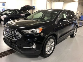 2019 Agate Black Metallic Ford Edge Titanium SUV 4 Door FWD