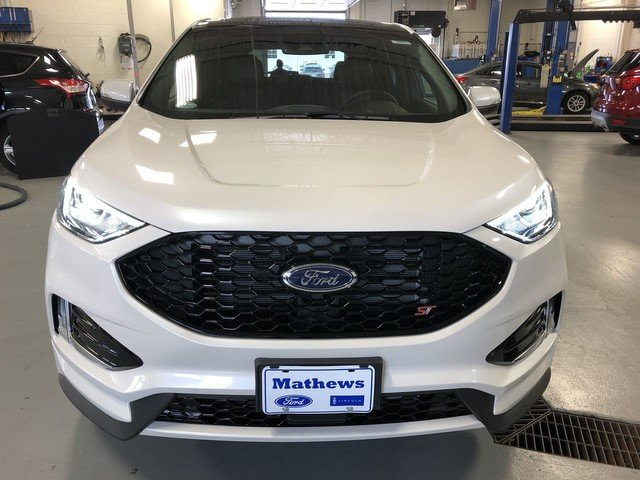 2019 White Platinum Metallic Tri-Coat Ford Edge ST Automatic 4 Door AWD