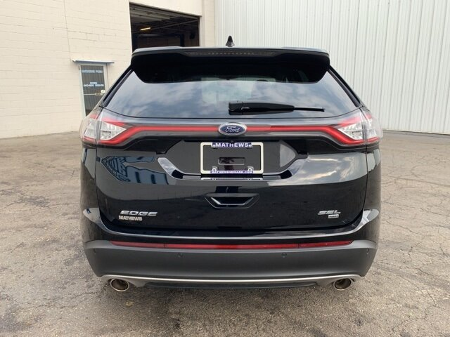 2017 Ford Edge SEL 3.5 L 6-Cylinder Engine Automatic AWD 4 Door