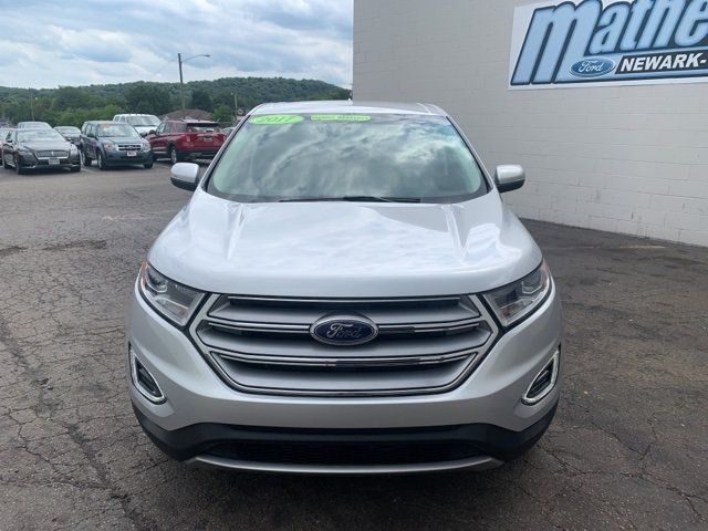 2017 Ingot Silver Metallic Ford Edge SEL 4 Door 2.0 L 4-Cylinder Engine Automatic SUV AWD