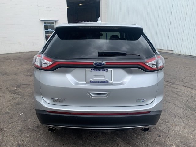 2017 Ingot Silver Metallic Ford Edge SEL AWD Automatic 2.0 L 4-Cylinder Engine 4 Door