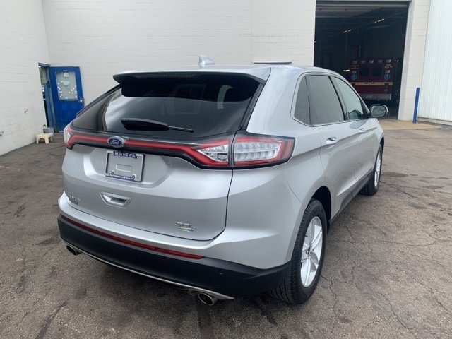 2017 Ford Edge SEL 4 Door Automatic AWD SUV 2.0 L 4-Cylinder Engine