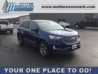 2020 Ford Edge Titanium 4 Door AWD Automatic 2.0L 4-Cylinder Engine