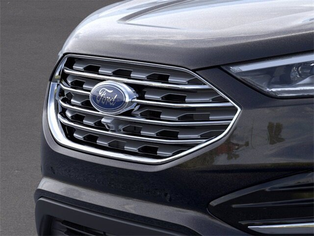 2020 Ford Edge Titanium AWD Automatic 4 Door 2.0 L 4-Cylinder Engine SUV