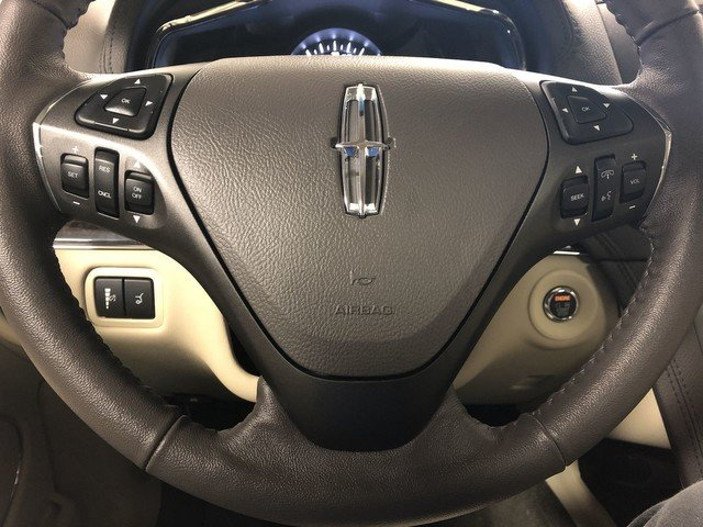 2019 Infinite Black Metallic Lincoln MKT Standard Automatic AWD 4 Door
