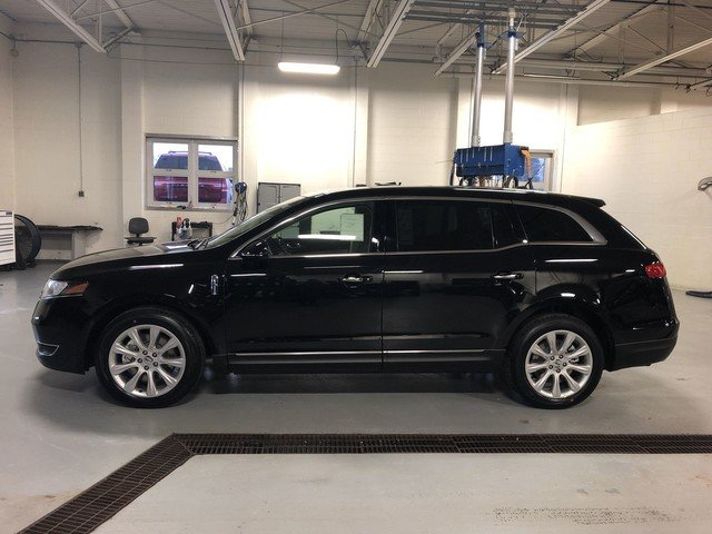 2019 Infinite Black Metallic Lincoln MKT Standard AWD 4 Door SUV Automatic