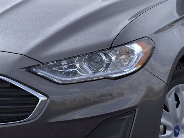 2020 Ford Fusion S Automatic 4 Door FWD 2.5 L 4-Cylinder Engine